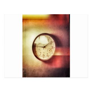 El tiempo vuela cerca tarjeta postal