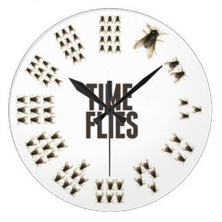 El tiempo vuela el reloj