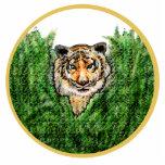 El tigre observa el llavero de la foto-escultura esculturas fotograficas