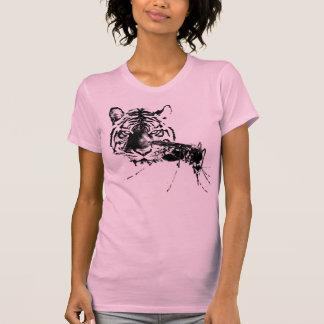 El tigre y the mosquito t-shirt