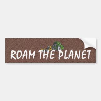 El TOP vaga por el planeta Etiqueta De Parachoque