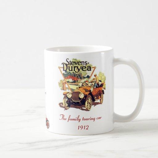 El touring car de la familia taza de café