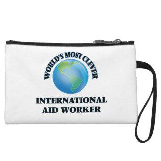 El trabajador de la ayuda internacional más listo