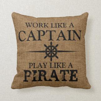 El trabajo como un capitán, juego tiene gusto de u cojin