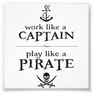 El trabajo como un capitán, juego tiene gusto de u foto