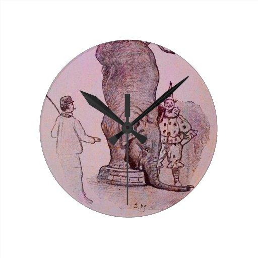 El trabajo de un elefante reloj redondo mediano