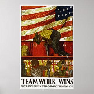 El trabajo en equipo gana el poster póster