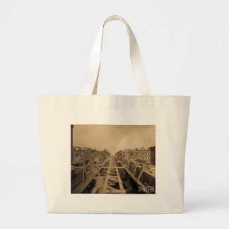 El Track & Station Construction Second Ave & 86th Large Tote Bag