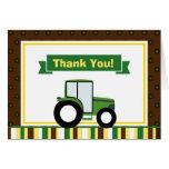El tractor le agradece cardar la tarjeta de nota