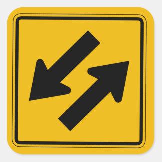 El tráfico bidireccional, trafica la señal de pegatina cuadrada