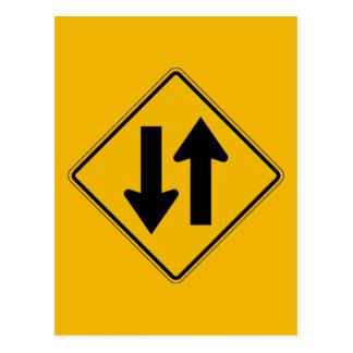 El tráfico bidireccional, trafica la señal de postales