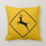 El tráfico de los ciervos, trafica la señal de pel cojin