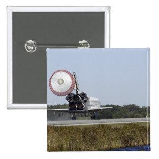 El transbordador espacial la Atlántida despliega Pin Cuadrado