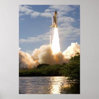 El transbordador espacial la Atlántida quita 11 Póster