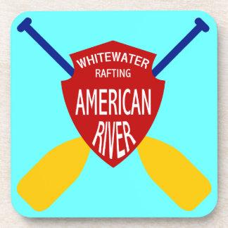 El transportar en balsa de Whitewater americano de Posavasos