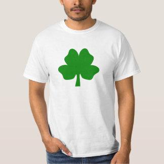 El trébol de la Cuatro-Hoja para la camiseta de la