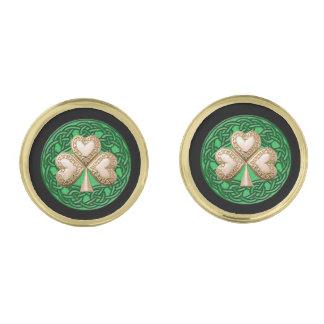 El trébol del oro en Celtic anuda mancuernas Gemelos Dorados