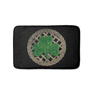 El trébol negro en Celtic anuda la estera de baño