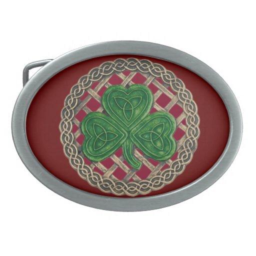 El trébol rojo en Celtic anuda la hebilla del Hebillas De Cinturon Ovales