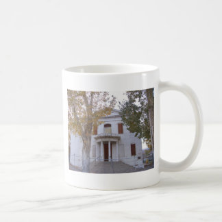 El tribunal viejo del condado de Mineral Taza De Café