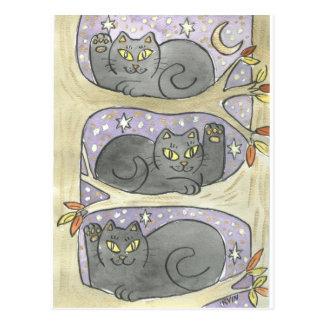 El trío afortunado del árbol tarjeta postal