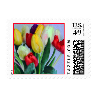 El tulipán brillante florece franqueo sello postal