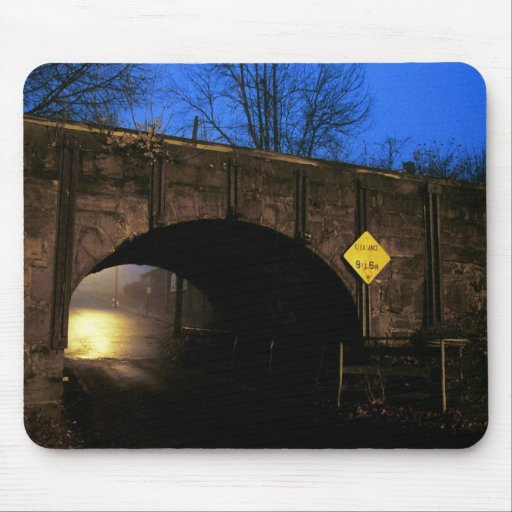 El túnel I - mundo mágico más allá del túnel Alfombrilla De Ratones