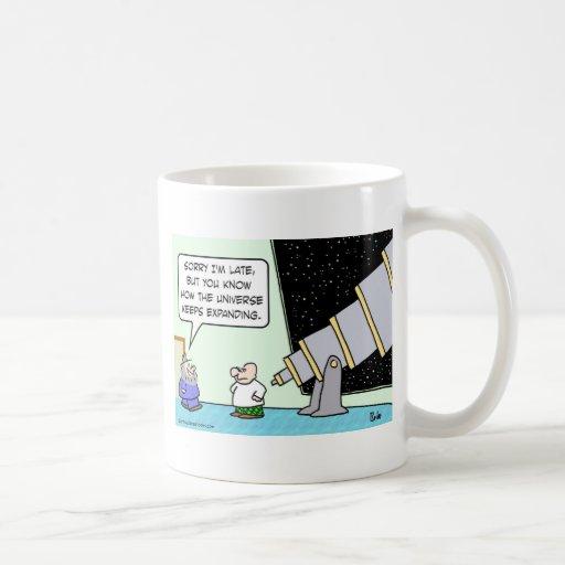 el último universo del astrónomo guarda el ampliar taza de café