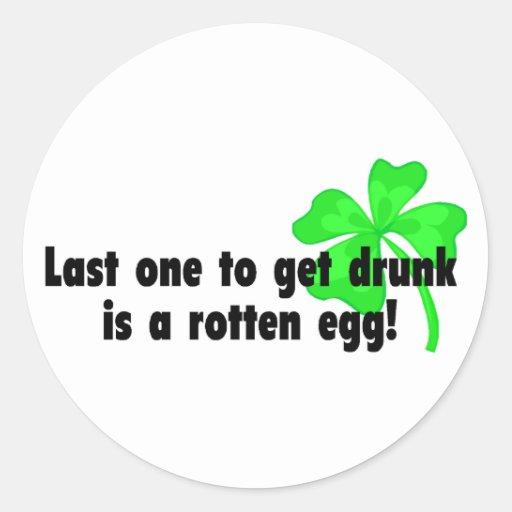 El último uno a conseguir bebido es un huevo putre pegatinas