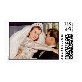 El umbral feliz retro de la novia y del novio llev