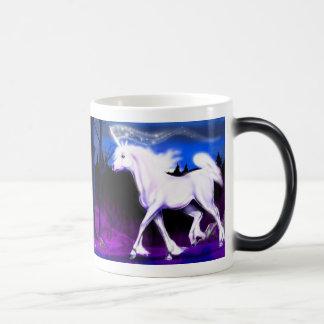 El unicornio blanco Morph la taza