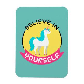"""El unicornio """"cree en sí mismo"""" el dibujo de imanes flexibles"""