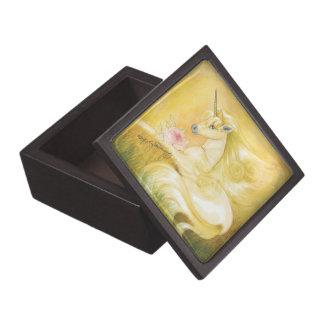 El unicornio de oro soñador cajas de recuerdo de calidad