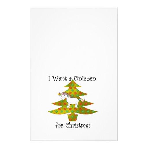 El unicornio en el árbol de navidad en el oro se d papeleria personalizada