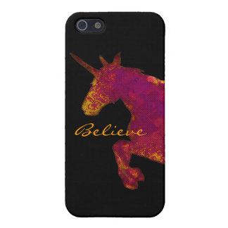 El unicornio pintado artístico con cree el texto iPhone 5 carcasa