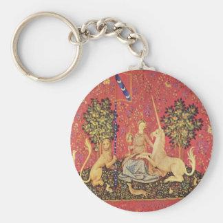 El unicornio y la imagen medieval virginal de la t llavero redondo tipo pin