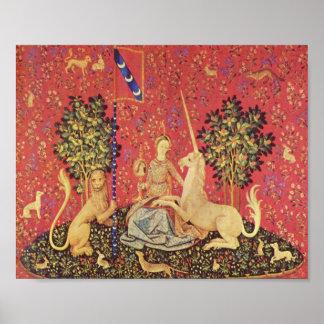 El unicornio y la imagen medieval virginal de la t póster