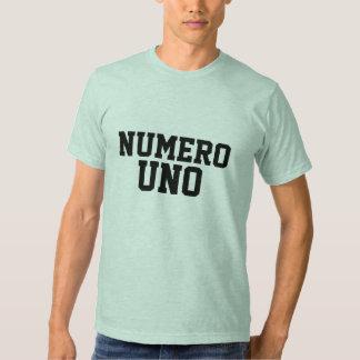 El Uno de Numero junta con te la camiseta Polera