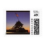 El USMC que aumenta la postal de la bandera sella