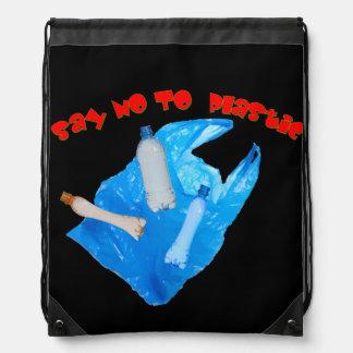 El vector dice no al plástico mochilas