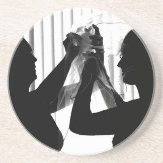 El velo ajusta la imagen del boda de la fotografía posavaso para bebida