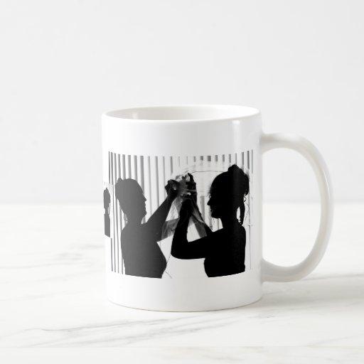El velo ajusta la imagen del boda de la fotografía tazas de café