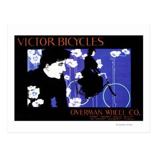 El vencedor monta en bicicleta el poster del promo tarjetas postales