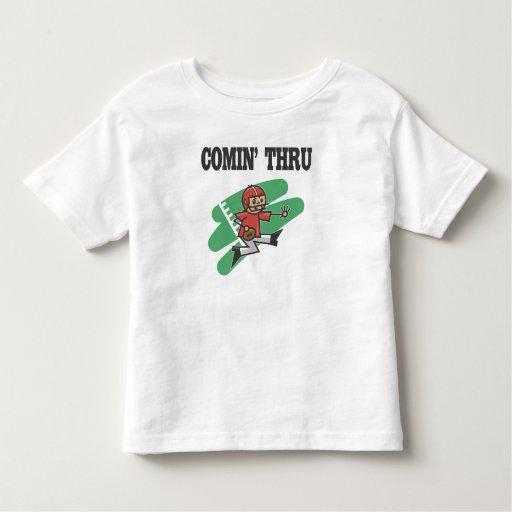 El venir con fútbol t shirt