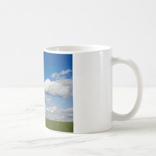 el verde archivó, cielo azul, nube blanca tazas