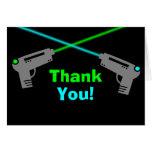 El verde azul de la etiqueta del laser le agradece felicitacion