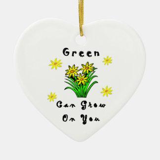 El verde crece en usted adorno de reyes