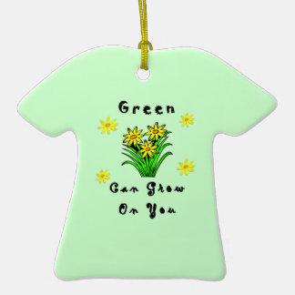 El verde crece en usted adornos de navidad