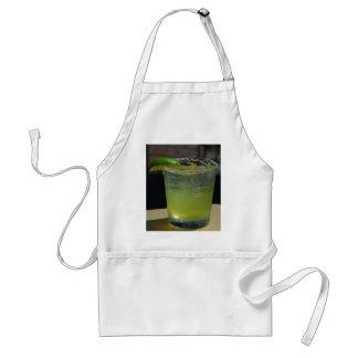 El verde de los Margaritas bebe los cócteles del h Delantal
