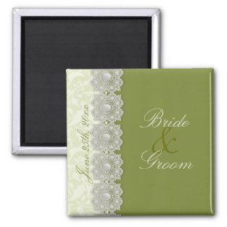 El verde de musgo del cordón y de las perlas ahorr imán de frigorifico